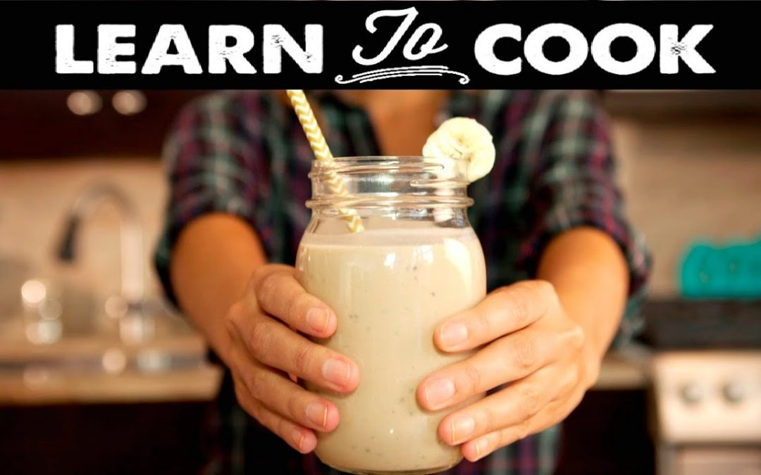 Learn To Cook: How To Make A Healthy Breakfast Smoothie